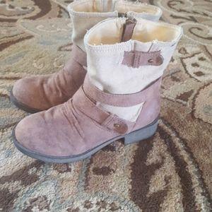 Roxy booties